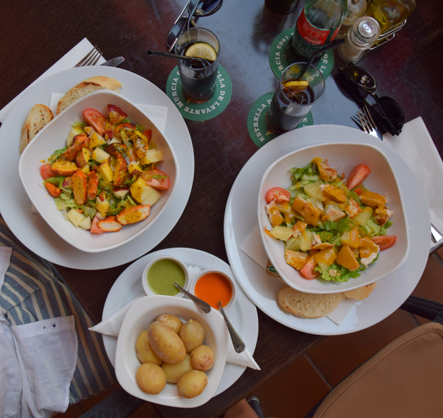 restaurant-friends-in-tenerife